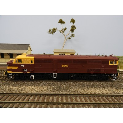 """LATEST RELEASE"" TrainOrama, 44 Class Locomotive , HO Scale, AUSTERITY with Double Marker Lights, 4474"