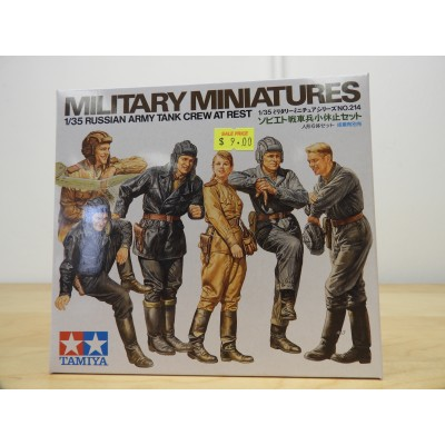TAMIYA, MILITARY MINITURES, RUSSIAN ARMY TANK CREW AT REST, 1/35 SCALE, ITEM NO: 35214