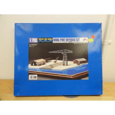 WATER LINE SERIES, NAVAL PORT DRYDOCK SET,  MODEL STRUCTURE,1/700 SCALE, ITEM NO:  31540