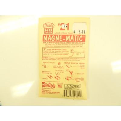Kadee, , HO Scale, with draft Gear, Box, Magne - Matic Coupler, No 21