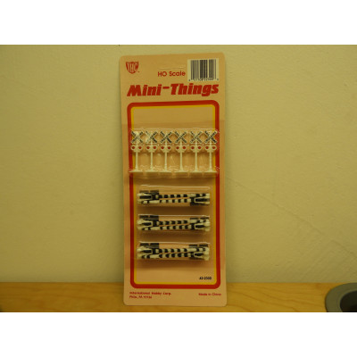 IHC, Mini-Things RAILWAY CROSSING, HO Scale, ACCESSORIES, 42-2300