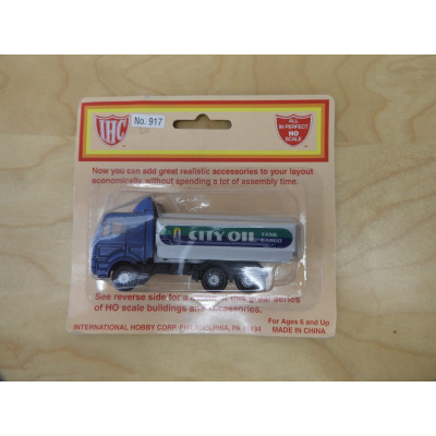 IHC, Delivery Truck (Cab Over Engine), HO Scale, PLASTIC Truck, No. 917
