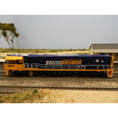 SDS Models, AUSTRAINS NEO NR CLASS, HO SCALE, LOCOMOTIVE, NR 43 - PN - 5 STARS DC - POWERED