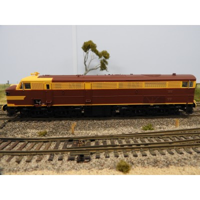 """LATEST RELEASE"" TrainOrama, 44 Class Locomotive , HO Scale, ORIGINAL INDIAN RED - with Single Marker Light, 4401 Early era"